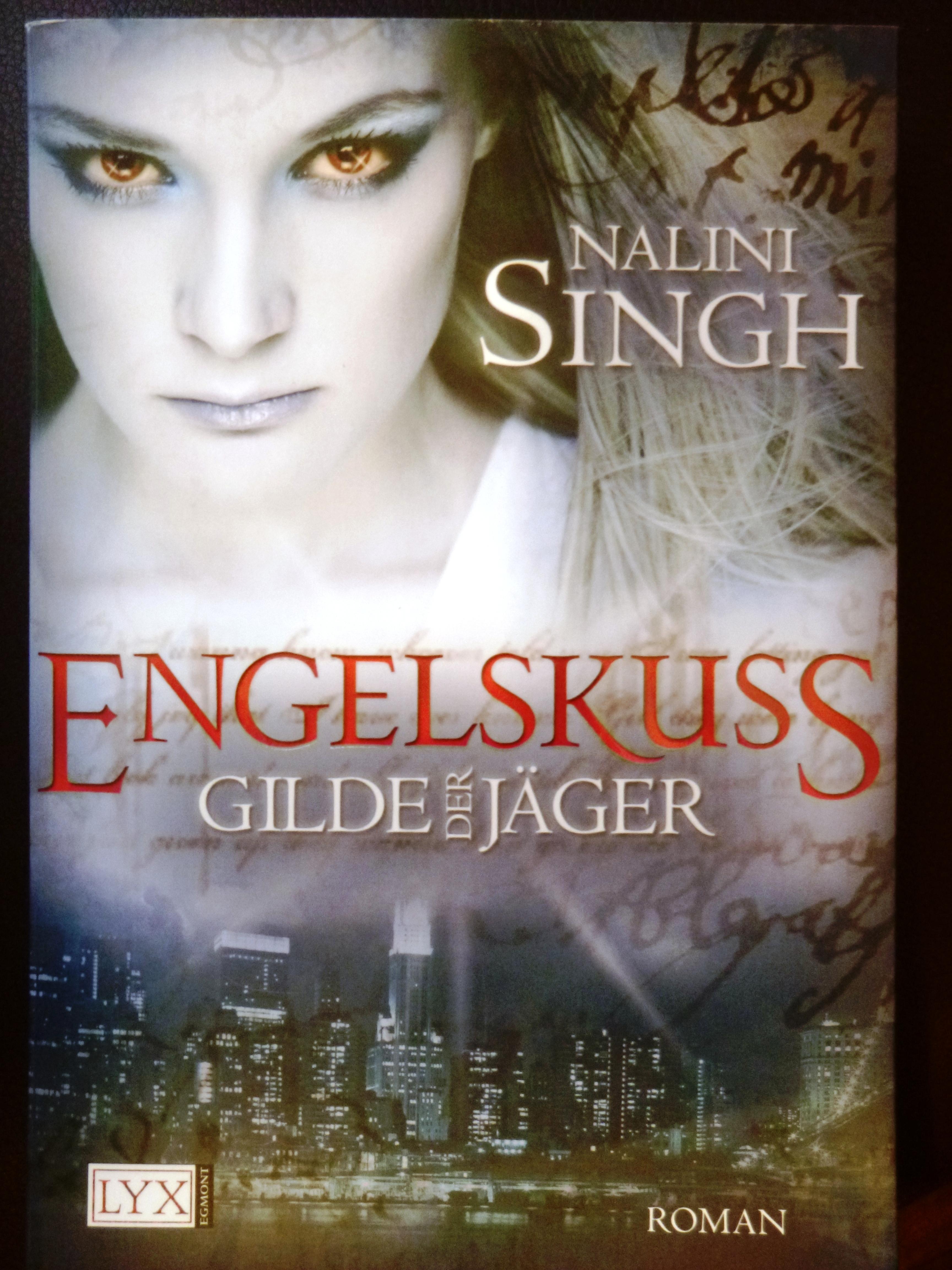 Engelskuss_Nalini Singh